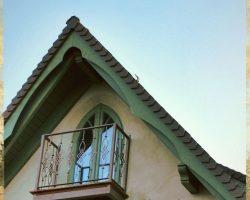 Giebel mit Balkon Seminarhaus 1 - Impressionen
