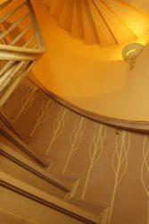 Seminarhaus Treppe nach oben - Impressionen