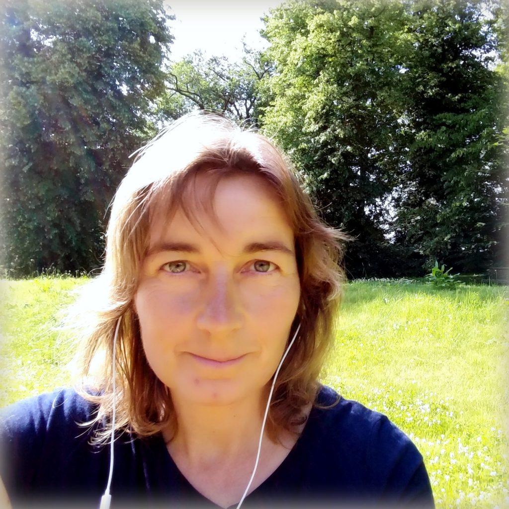 Cornelia Bölter 1024x1024 - Meditation + Ernährung = Transformation hoch zwei